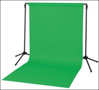 Een green screen met statief.